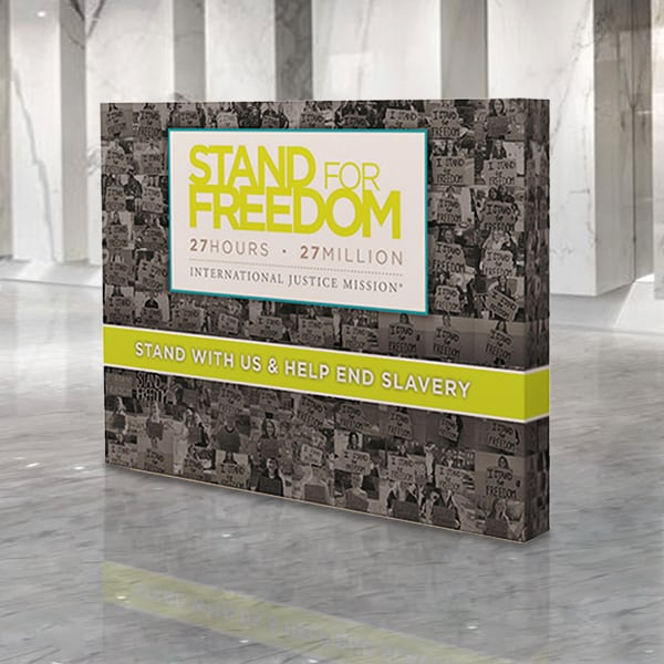 https://www.printleaf.com/images/products_gallery_images/10ft-straight-pop-up-display-600x600-opt.jpg
